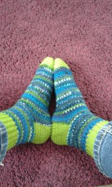 finished-super-sonic-crochet-socks-5